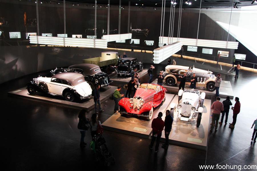 Mercedes-Benz Museum Stuttgart 18