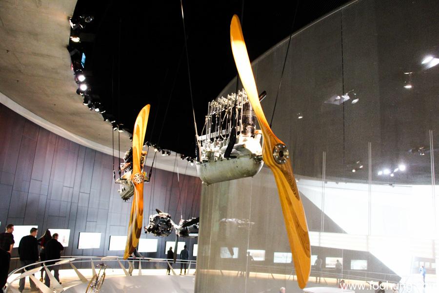 Mercedes-Benz Museum Stuttgart 20