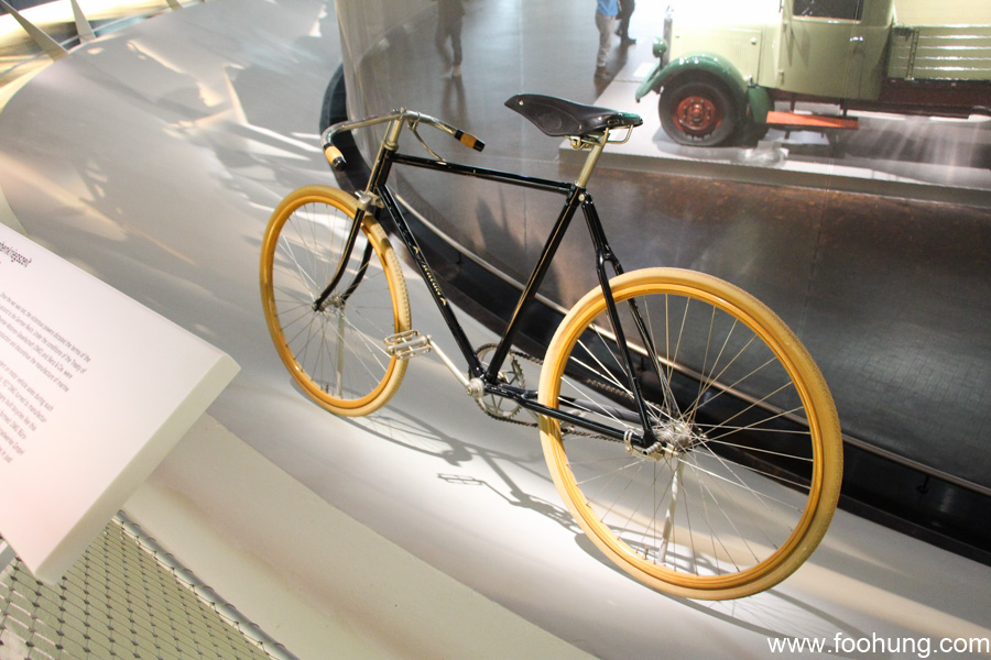 Mercedes-Benz Museum Stuttgart 21