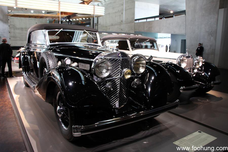 Mercedes-Benz Museum Stuttgart 25