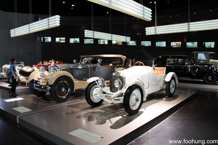 Mercedes-Benz Museum Stuttgart 26