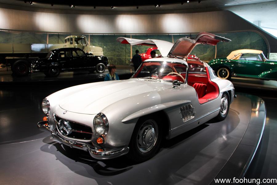 Mercedes-Benz Museum Stuttgart 32