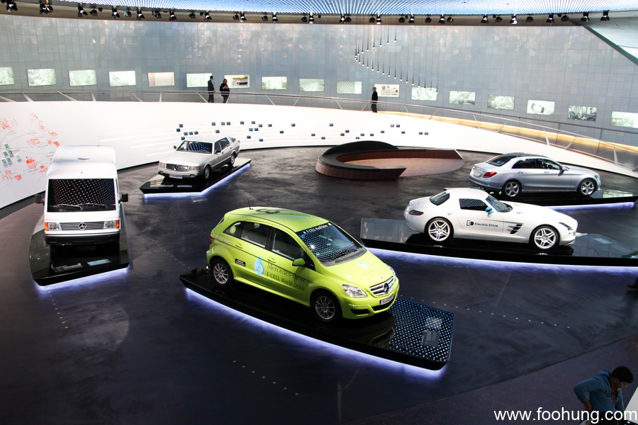 Mercedes-Benz Museum Stuttgart 36