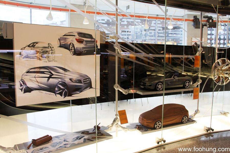 Mercedes-Benz Museum Stuttgart 4