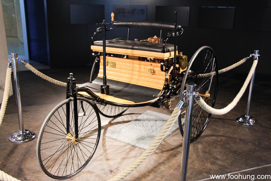 Mercedes-Benz Museum Stuttgart 47