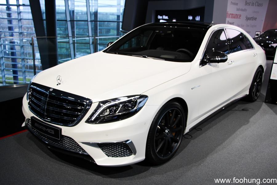 Mercedes-Benz Museum Stuttgart 48