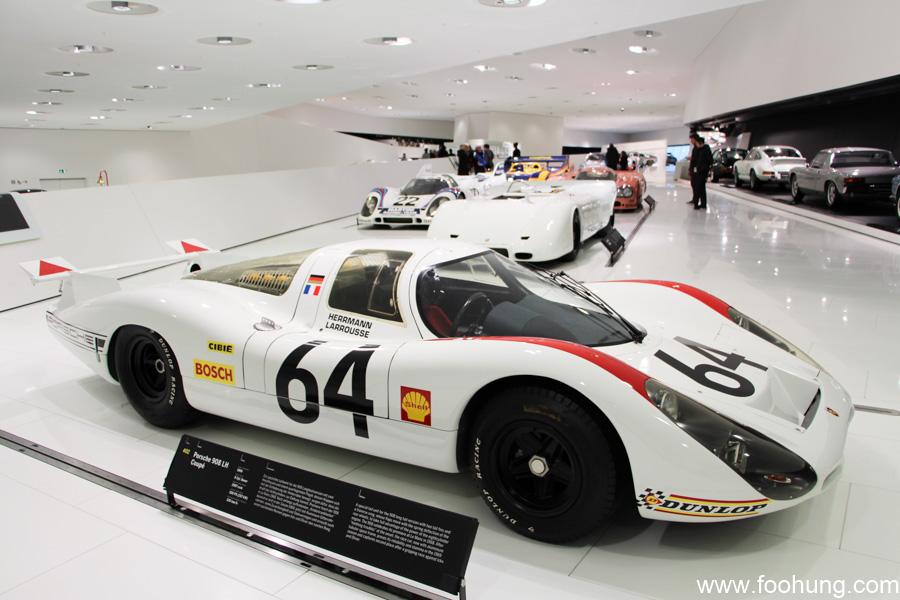 Porsche Museum Stuttgart 12